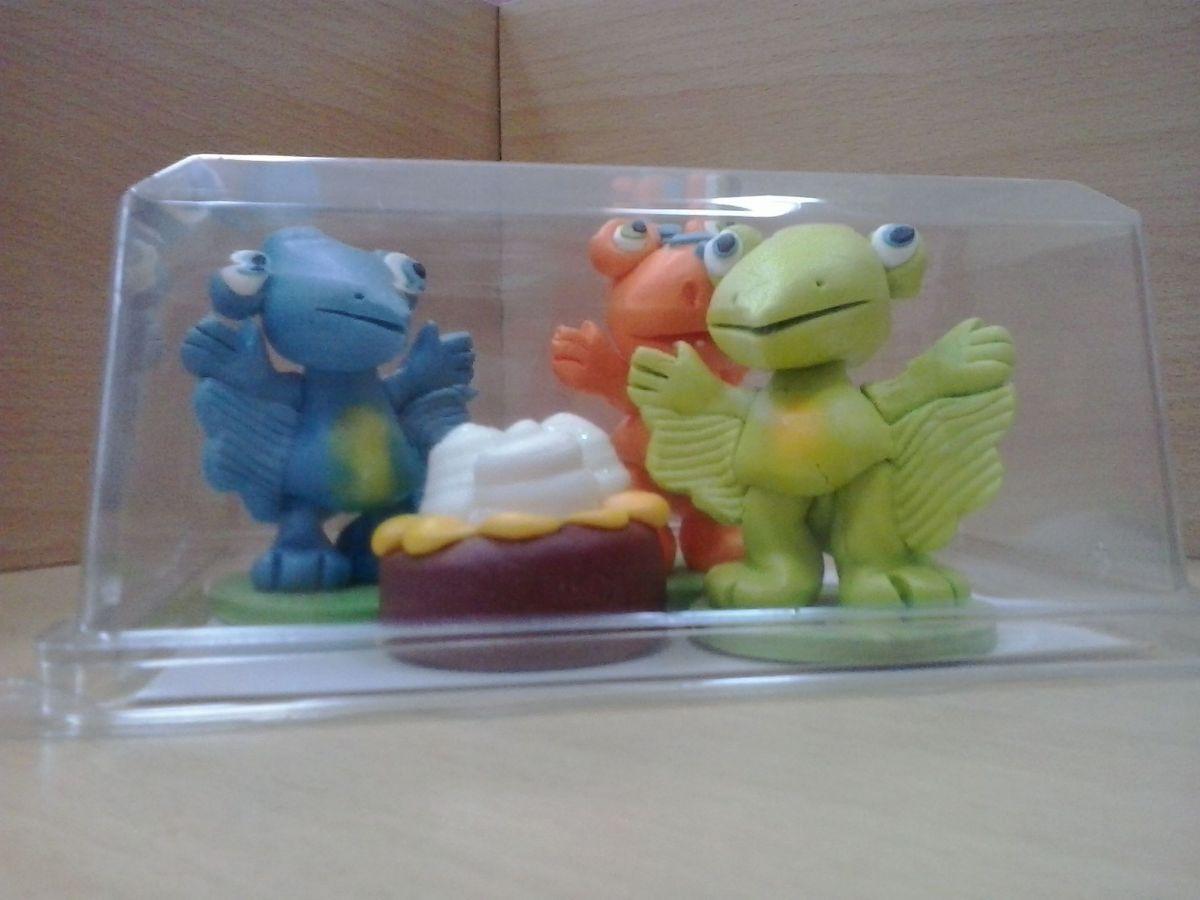 Vas divan dan figurice t rex for Tap 011 divan dan